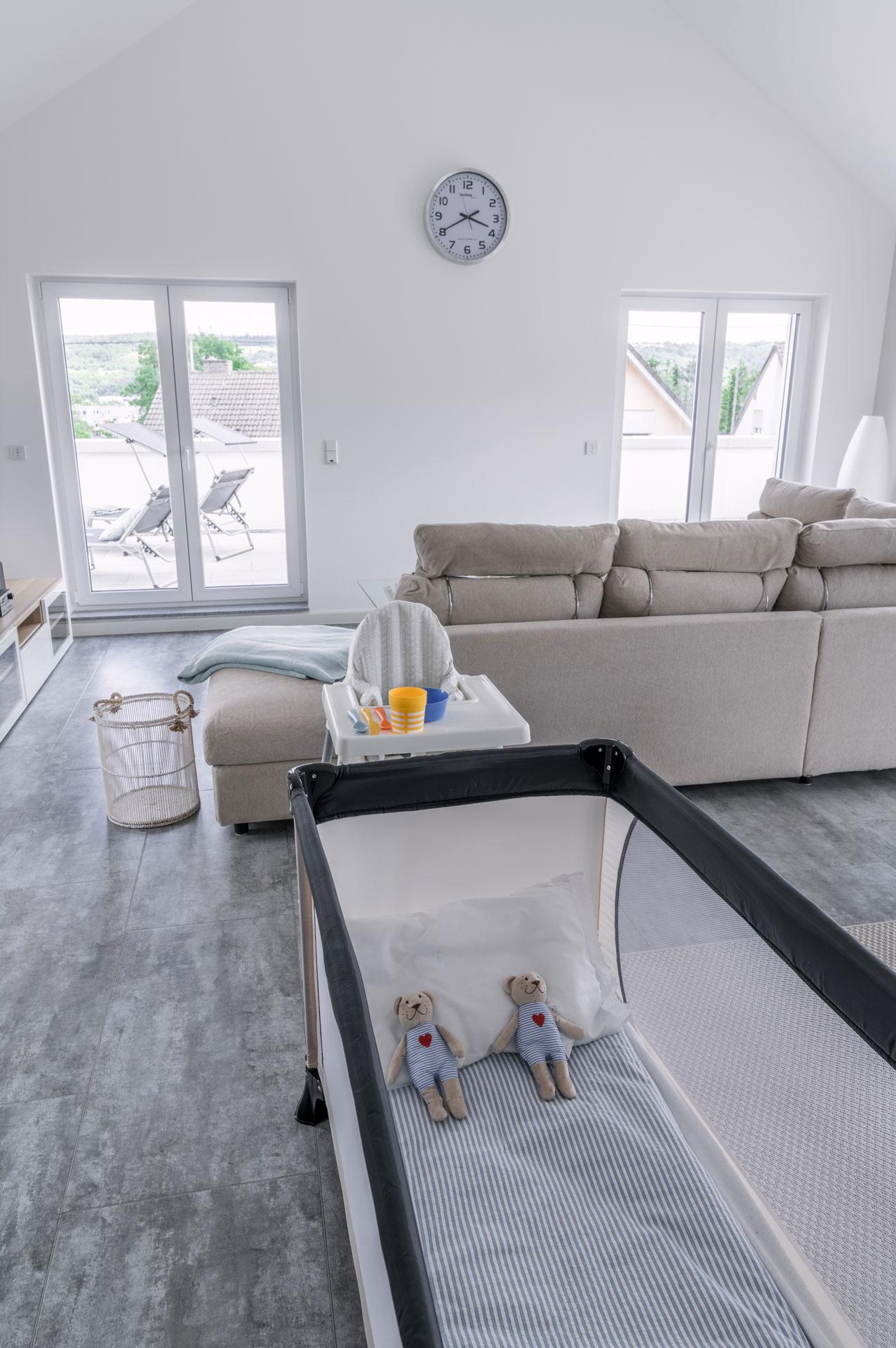 PlusFewo-Penthouse-Trier-Ferienwohnung-Kinderausstattung