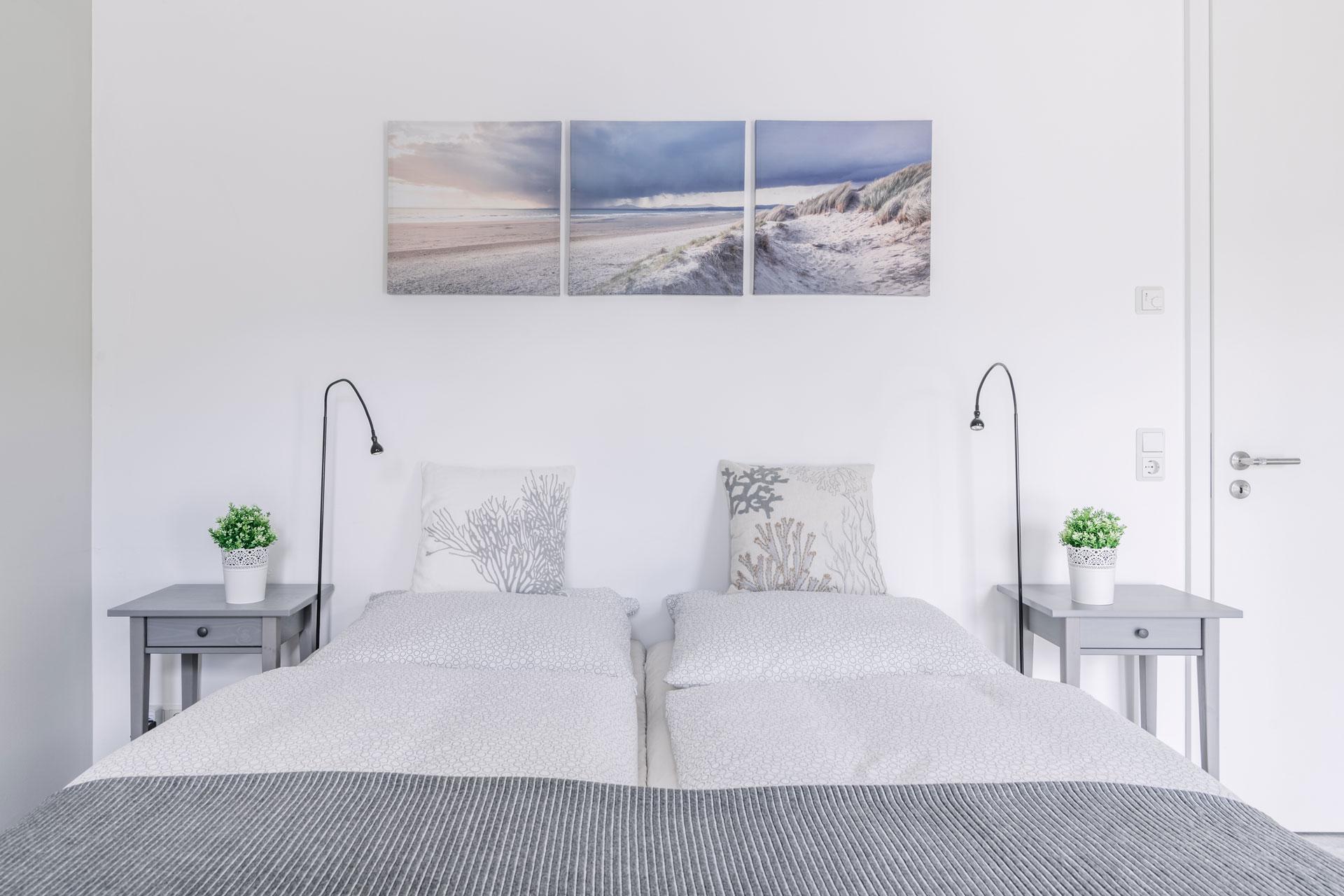 PlusFewo-Penthouse-Trier-Ferienwohnung-Schlafzimmer2