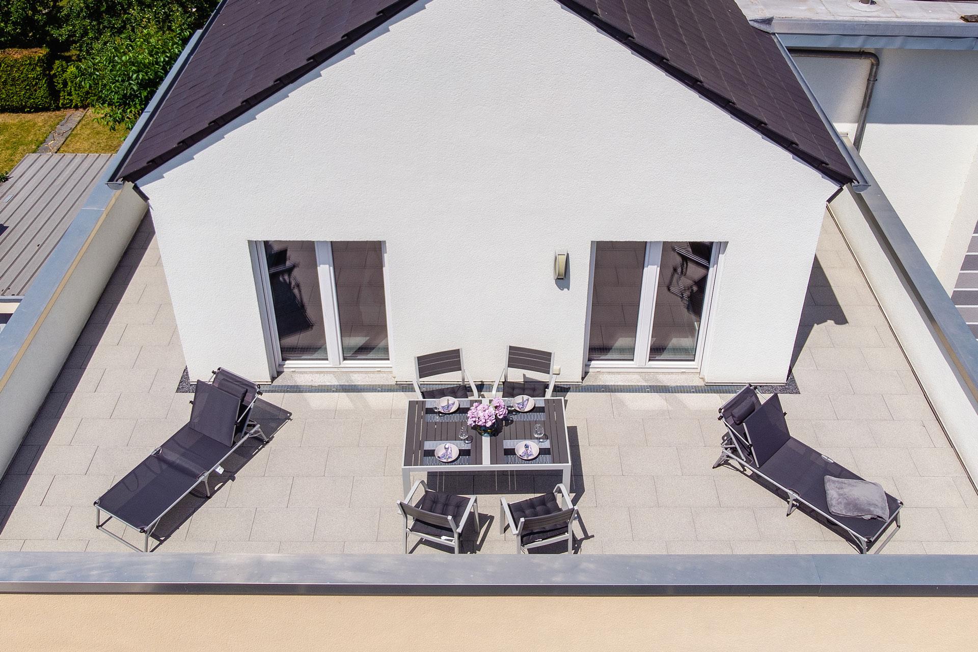 PlusFewo-Penthouse-Trier-Ferienwohnung-Luftaufnahme2